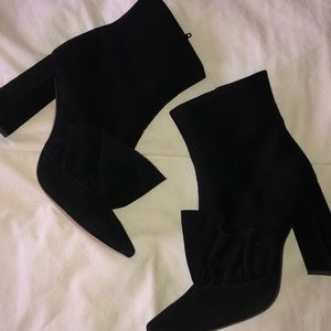 SHOES/BOOTS▫️ Zara Black High Heel suede boots